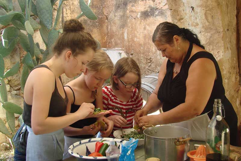 Cooking lessons also for children